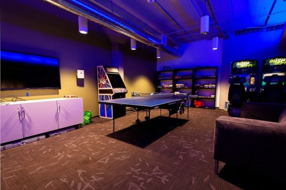2.Games-room-lounge-665x443