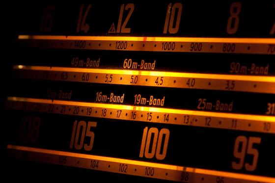 9-radio