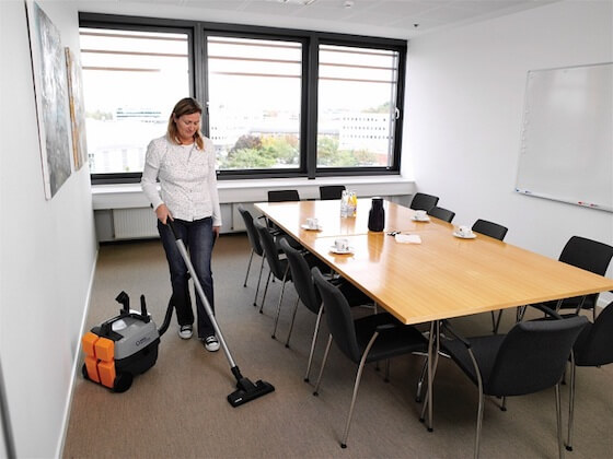 10.Office-Cleaning-Swindon