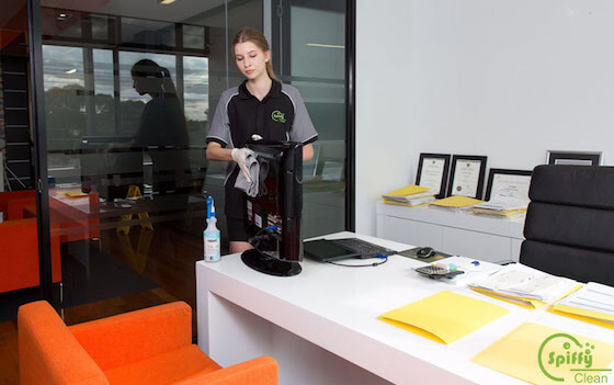 4.Office-and-Commercial-Cleaning-spiffy-clean_0