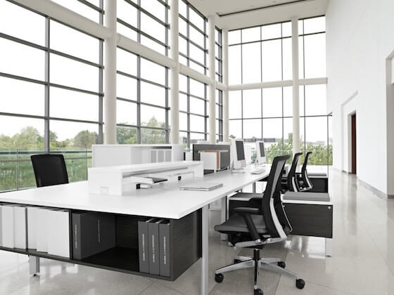 i.6acb9__shared-office-space-large-windows