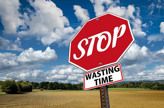 stop-3089945_640
